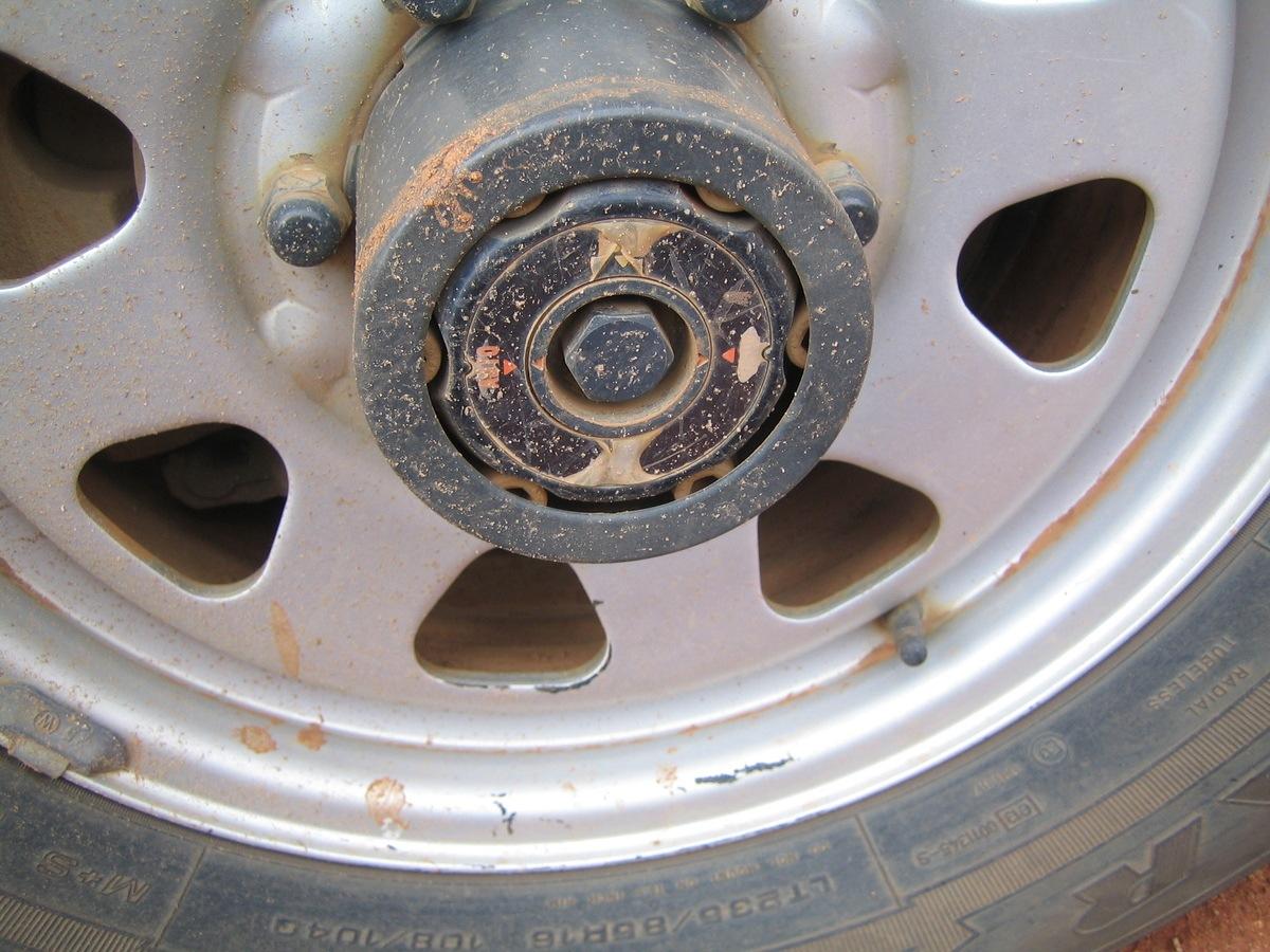 Free Wheeling Hubs – Lock or Auto Type