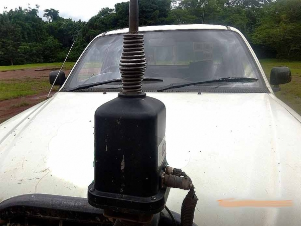HF Antenna Fittings and Visibility - Exterior View